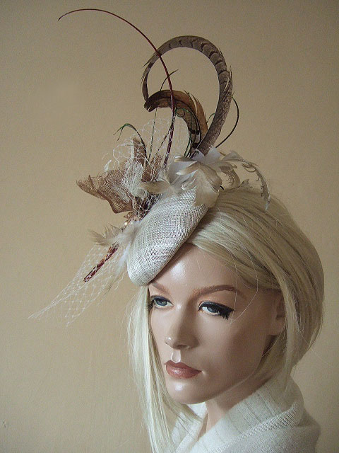 Gold Brown Ivory Feathered On Fascinator Headpiece Ascot Hat Of Light Woodland Tones